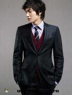 Contoh model majalah artis Lee min hoo