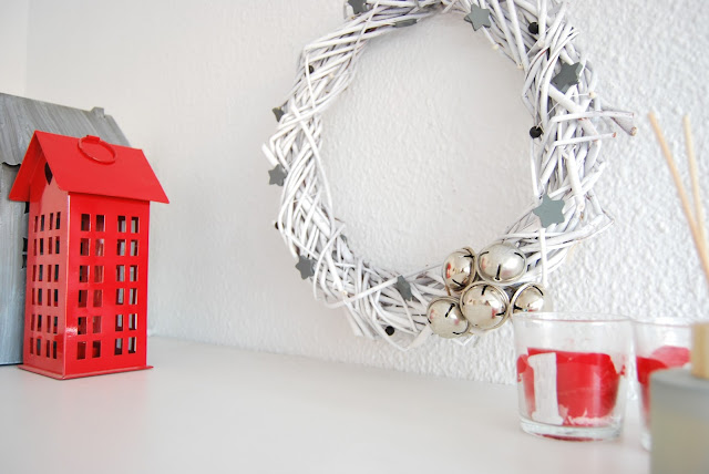 handmade white christmas wreath