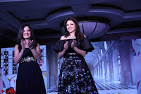 Bhagyashree and Diana Hayden walks the ramp for Mumbai Obstetrics and Gynecological Society Annual Fashion Show 001.JPG