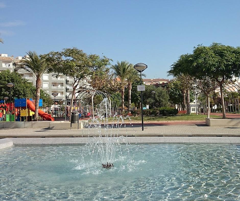 Ciudades de playa como Benidorm con niños