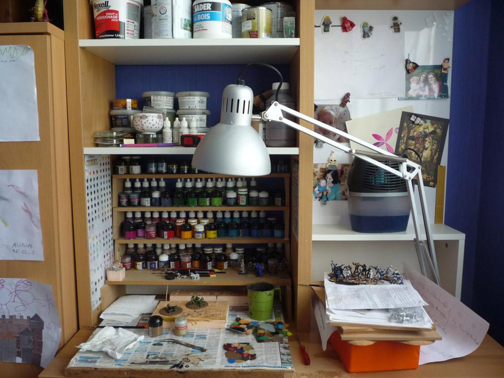 l 39 atelier de yoyoskywalker nouveau bureau de peinture. Black Bedroom Furniture Sets. Home Design Ideas