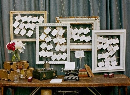 hacer seating plan o carteles con las mesas de los invitado de boda elaborados a