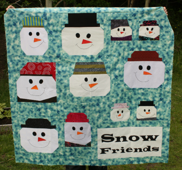 Snow Friends Quilt | DevotedQuilter.blogspot.com