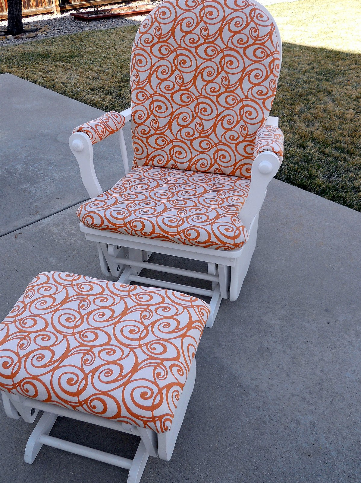 glider rocking chair cushion pattern wooden chairs second hand just another hang up from slightly used to almost new