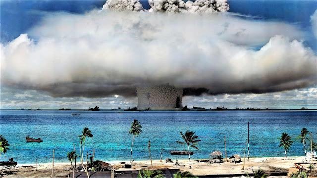 Hydrogen Bomb vs Nuclear Bomb