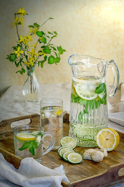 Why I drink lemon water in the morning and you should too