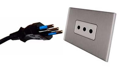 Instalaciones eléctricas residenciales - Enchufe tipo L italiano