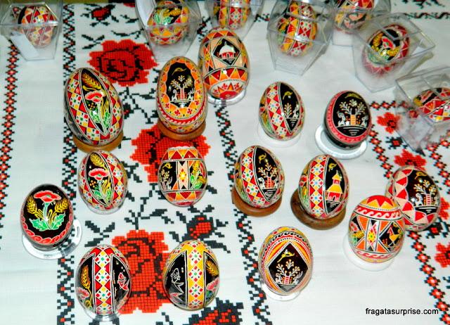 Pêssankas, ovos de páscoa decorados segundo a tradição ucraniana