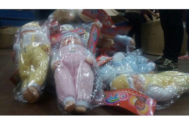 Gobierno Entrega juguetes a niños de Corn Island