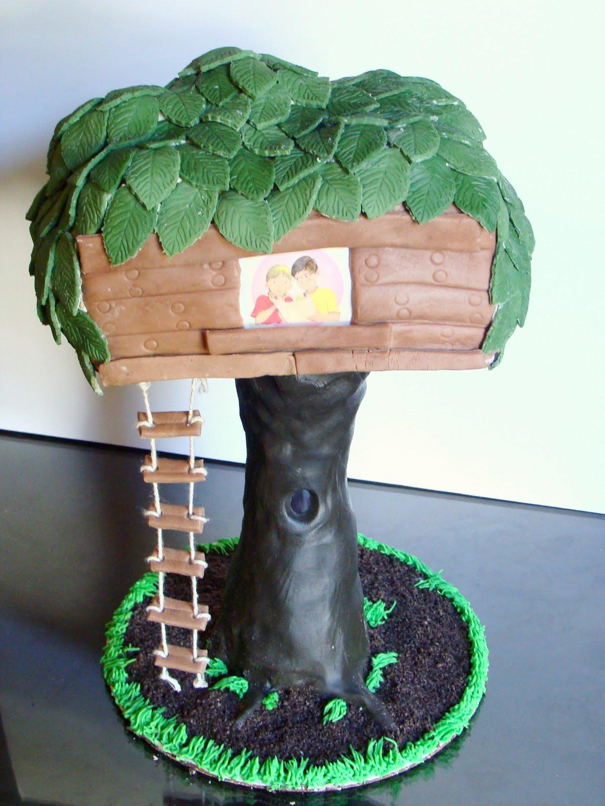 Magic Treehouse Birthday Cake