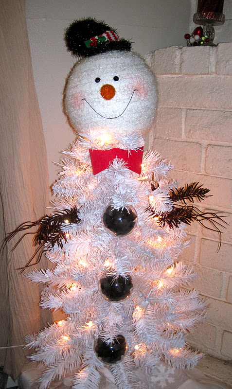 One Creative Momma: Snowman Christmas Tree