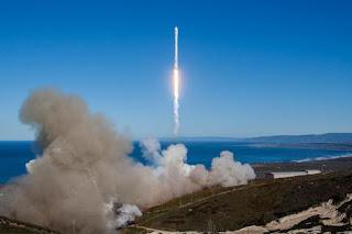 Πρώτη επιτυχής εκτόξευση πυραύλου της SpaceX μετά από την έκρηξη του Σεπτεμβρίου.