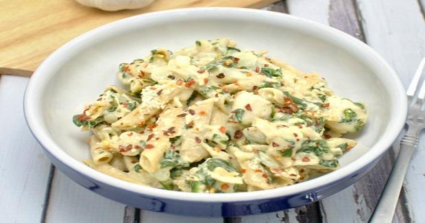 Creamy Garlic Spinach Chicken Pasta Recipe