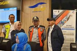 Murad Ismail Letakan Batu Pertama Pembangunan Masjid Agung Namrole