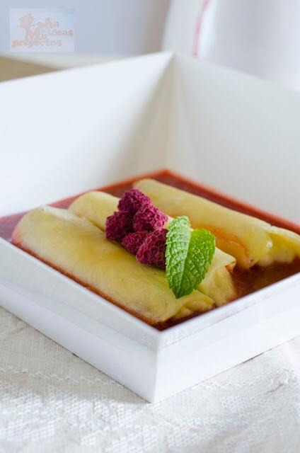 canelones-pina-mousse-mango-coulis-fresa2