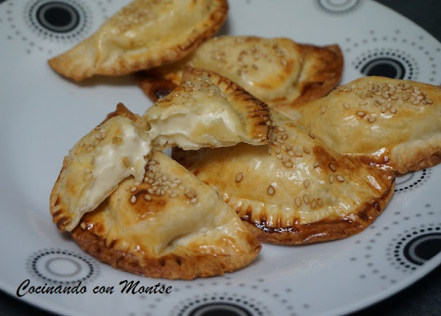 Empanadillas Al Horno Rellenas De Quesitos