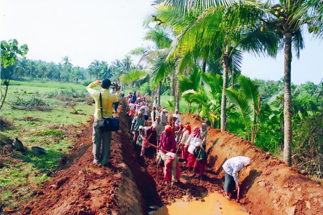 Mahatma Gandhi Nrega || Nrega Jobs CG 2018