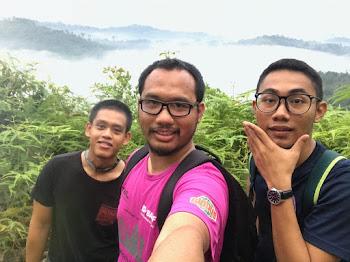Gambar di puncak Bukit Panorama, Sungai Lembing