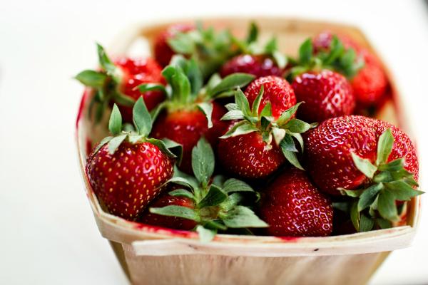 Vanilla Rice Pudding Strawberry Parfaits - Kim's Welcoming Kitchen
