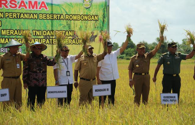 Wiranto Nilai Petani Pahlawan Baru di Bumi Cenderawasih