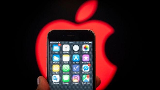 Apple just hit a $1 trillion market cap