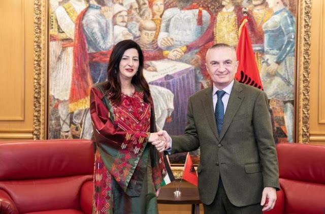 Presidenti shqiptar pranoi letrat kredenciale nga ambasadori i ri i Palestinës Hana A.S. Shawa