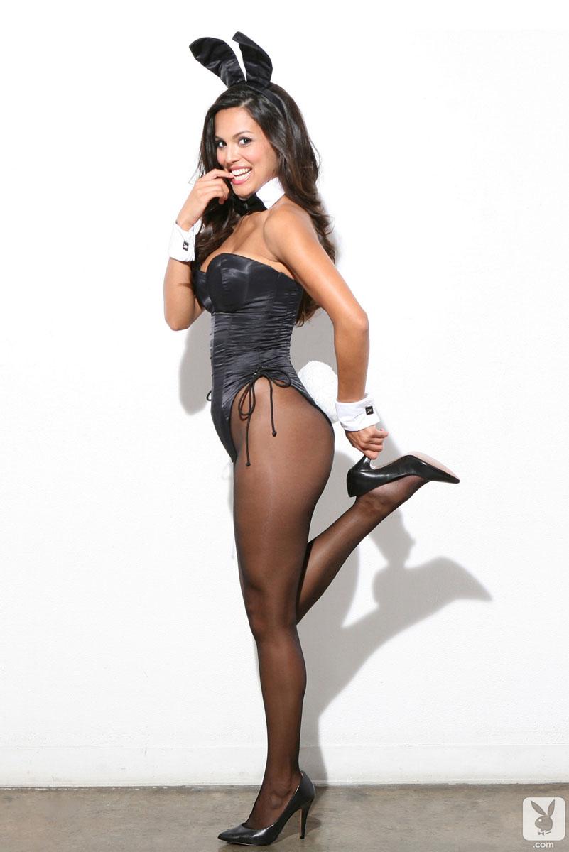 Playboy Playmate Raquel Pomplun Received A Jaguar F Type