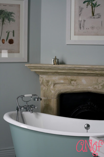 Roll top bathtub at Clevedon Hall | Anyonita Nibbles Gluten Free