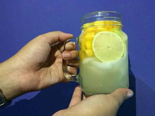 Es Kelapa Muda Mangga Lemon