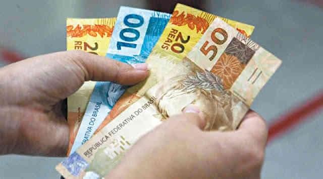 Governo propõe salário mínimo de R$ 1.040 para 2020, sem aumento acima da inflação