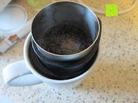 Kaffee kochen: Coffeepolitan Premium Geschenkset - Kaffee aus 5 Kontinenten mit Zubereitungsset - grob gemahlen 5 x 9 Portionen (5 x 9 x 7g); ideal auch als Geburtstagsgeschenk oder Probierset