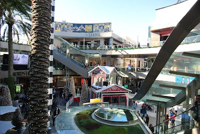 santa monica place open mall
