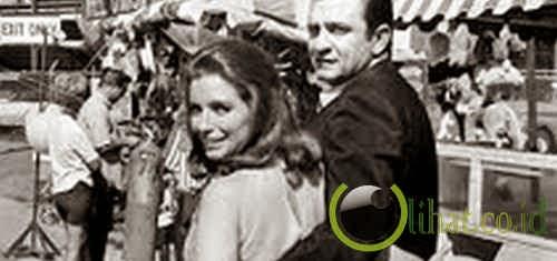 Johnny Cash dan June Carter