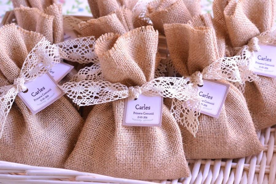 Saquitos aromaticos perfumados detalles invitados comuniones bodas bautizos