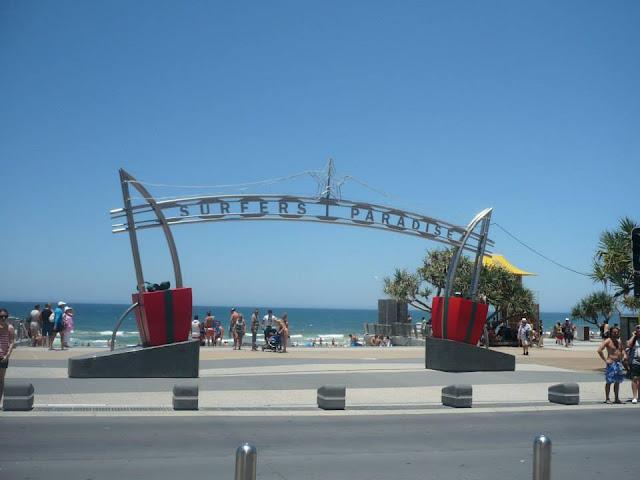 surfers paradise australia guide