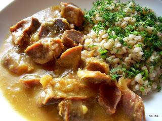 gęsie pipki , żołądki drobiowe , kuchnia polska , kuchnia żydowska , podroby , gęsina , na świętego Marcina , gęś , gąska , dania z gęsi , najsmaczniejsze dania , domowe jedzenie , mięso , drób , czas na gęsinę , coś pysznego , najlepsze przepisy na domowe jedzenie