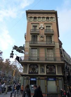Casa Bruno Cuadros en las Ramblas de Barcelona.