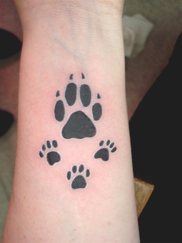 tatto: Paw Print Tattoos