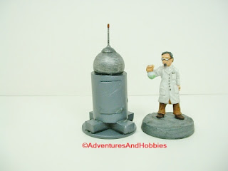 Small scale scenery piece suitable for science fiction war games or mad scientist's lair.