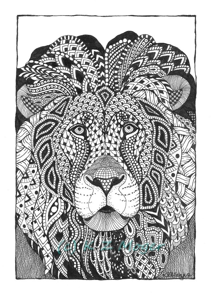 11-Lion-Kristin-Moger-Animal-Portraits-Dressed-with-Zentangle-Textures-www-designstack-co