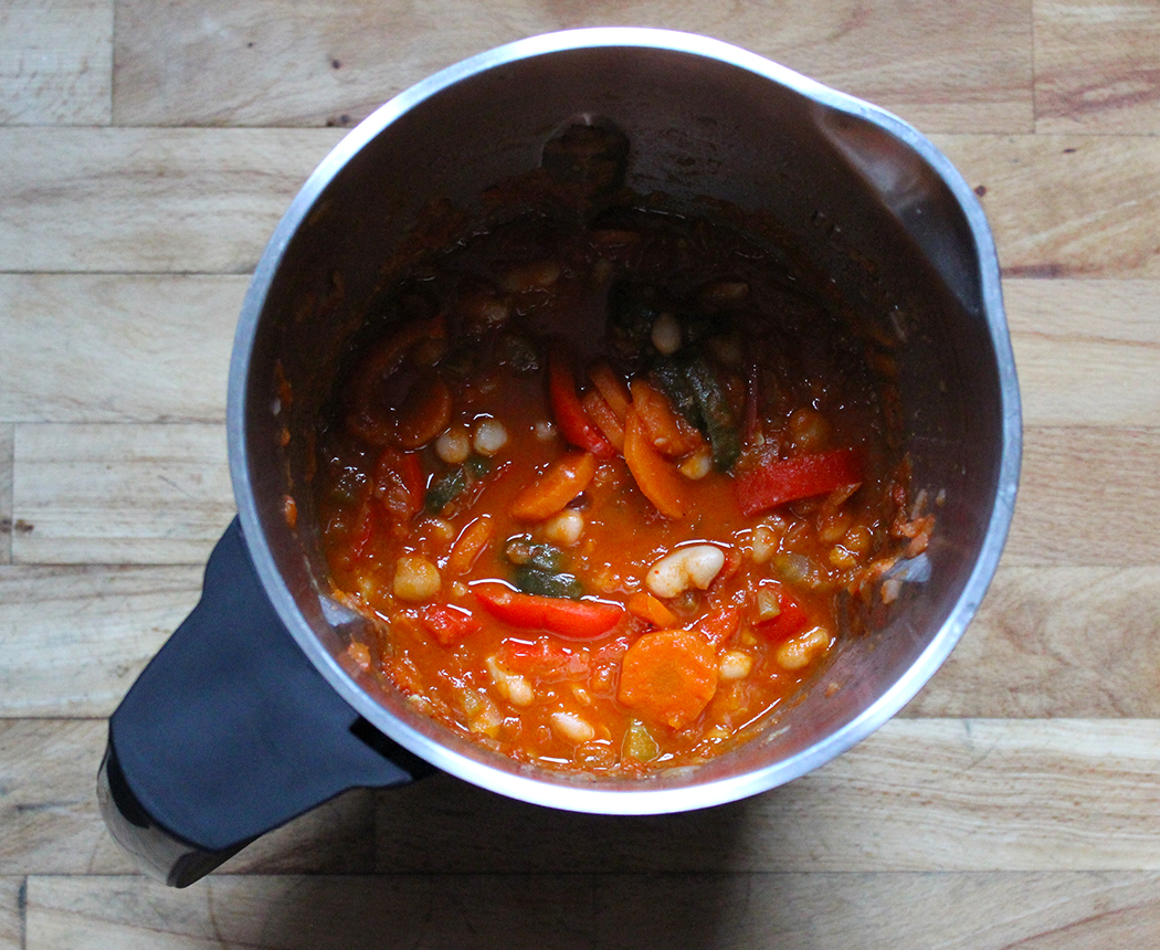 Vegetarian Stew with Peppers and Cannellini Beans ...
