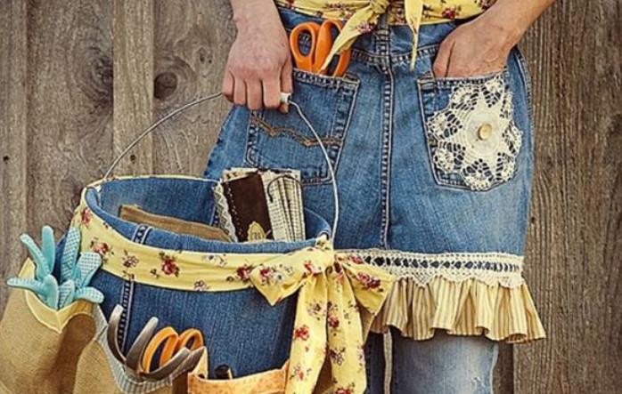 0d5a5dca1e72 Такую одежду можно интересно покрасить, креативно порвать, обтянуть старую  мебель, пошить ковер или сделать многочисленные мелкие безделушки.