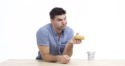 Foodhack: Wie man einen Bagel zu essen hat | How to Eat a Bagel ( Video )