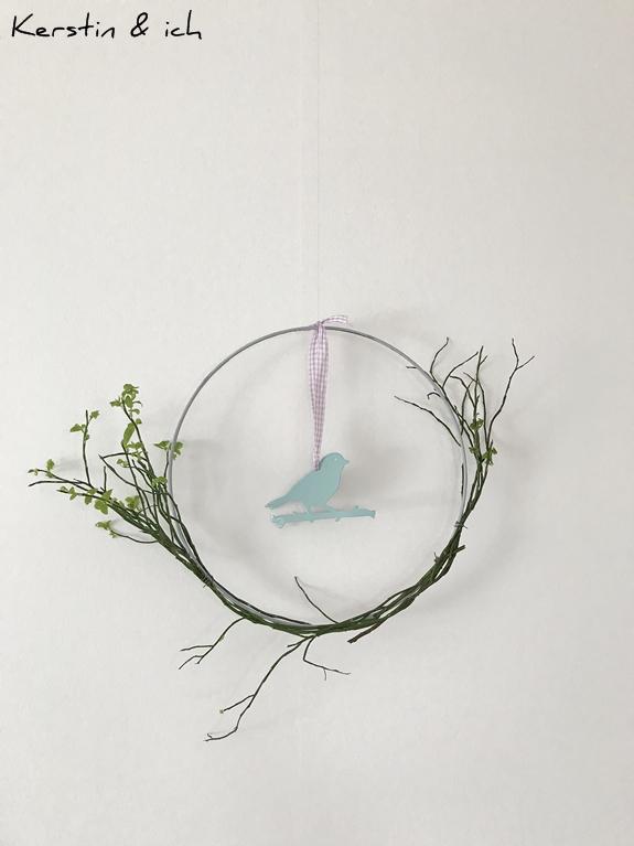 DIY Metallring im Frühlingslook mit Vogel und Zweigen