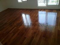 aplikasi flooring kayu merbau