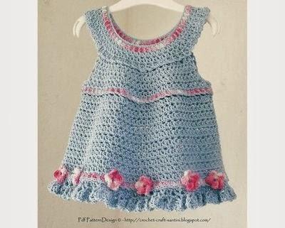 vestidinho de bebê feito em crochê