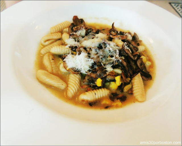 Dine Out Boston 2016: Housemade Cavatelli, Roast Mushrooms, Corn, Hazelnuts