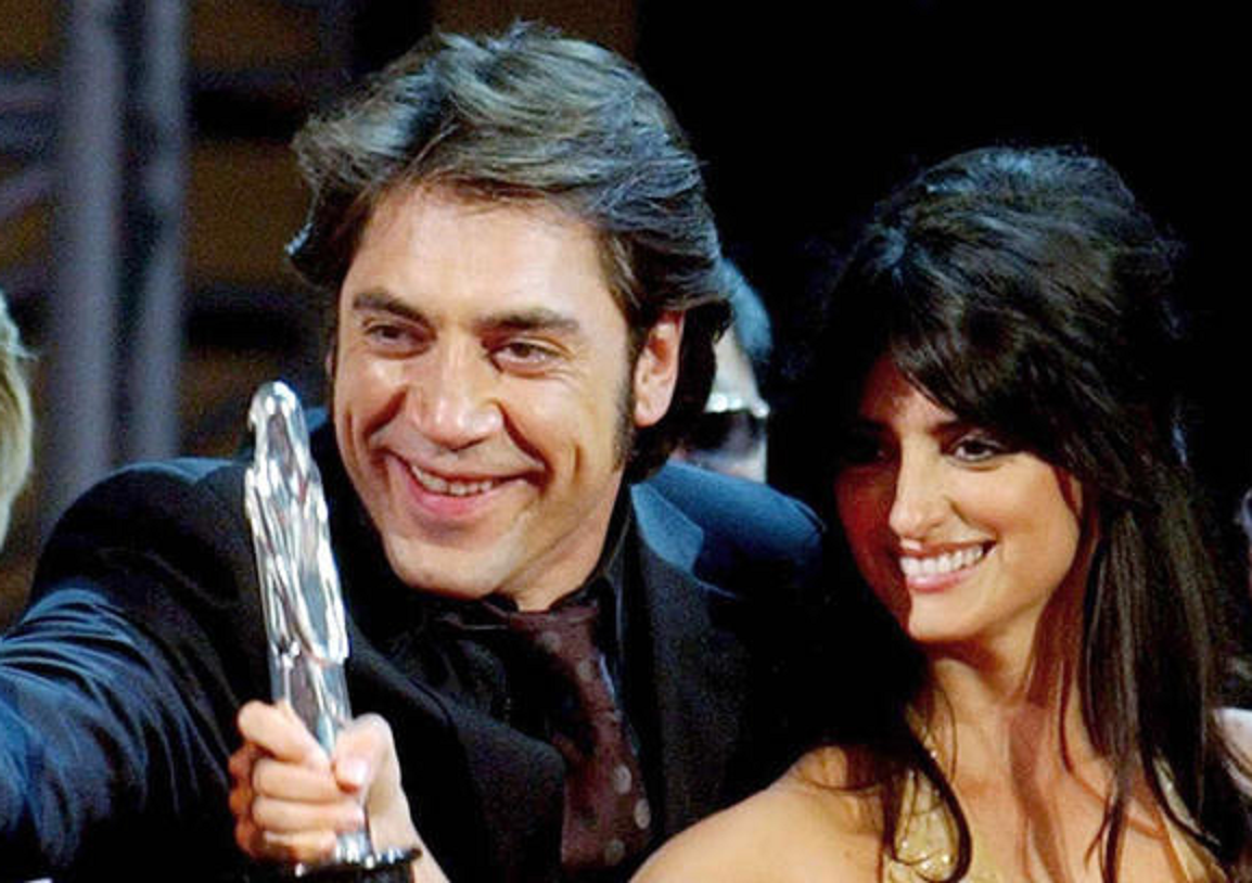 Penelope Cruz & Javier Bardem Wallpaper Download