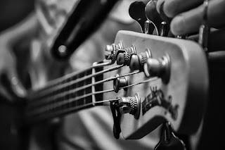 cara stem gitar standar secara manual tanpa aplikasi