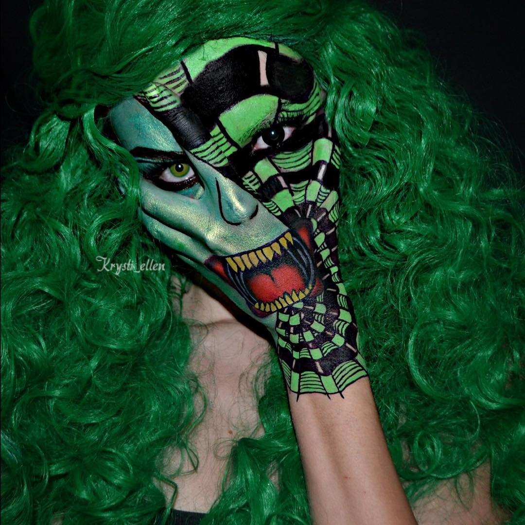 15-Verdant-Krysti-Ellen-Body-Painting-Face-plus-a-Hand-www-designstack-co